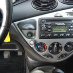 Ford Focus station grijs 2001