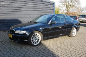 bmw 320 coupe 1